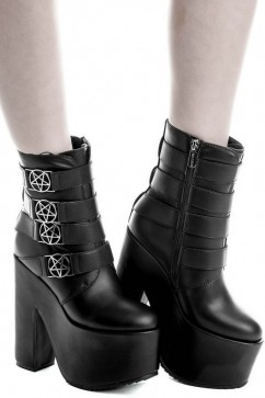 Nancy platforms Killstar